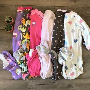 ✨ Girl's 2T Footie Pajamas ✨